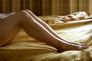 640047 legs2 - RESTLESS LEGS EXPLAINED SYMPTONS ,CAUSES AND SOLUTIONS